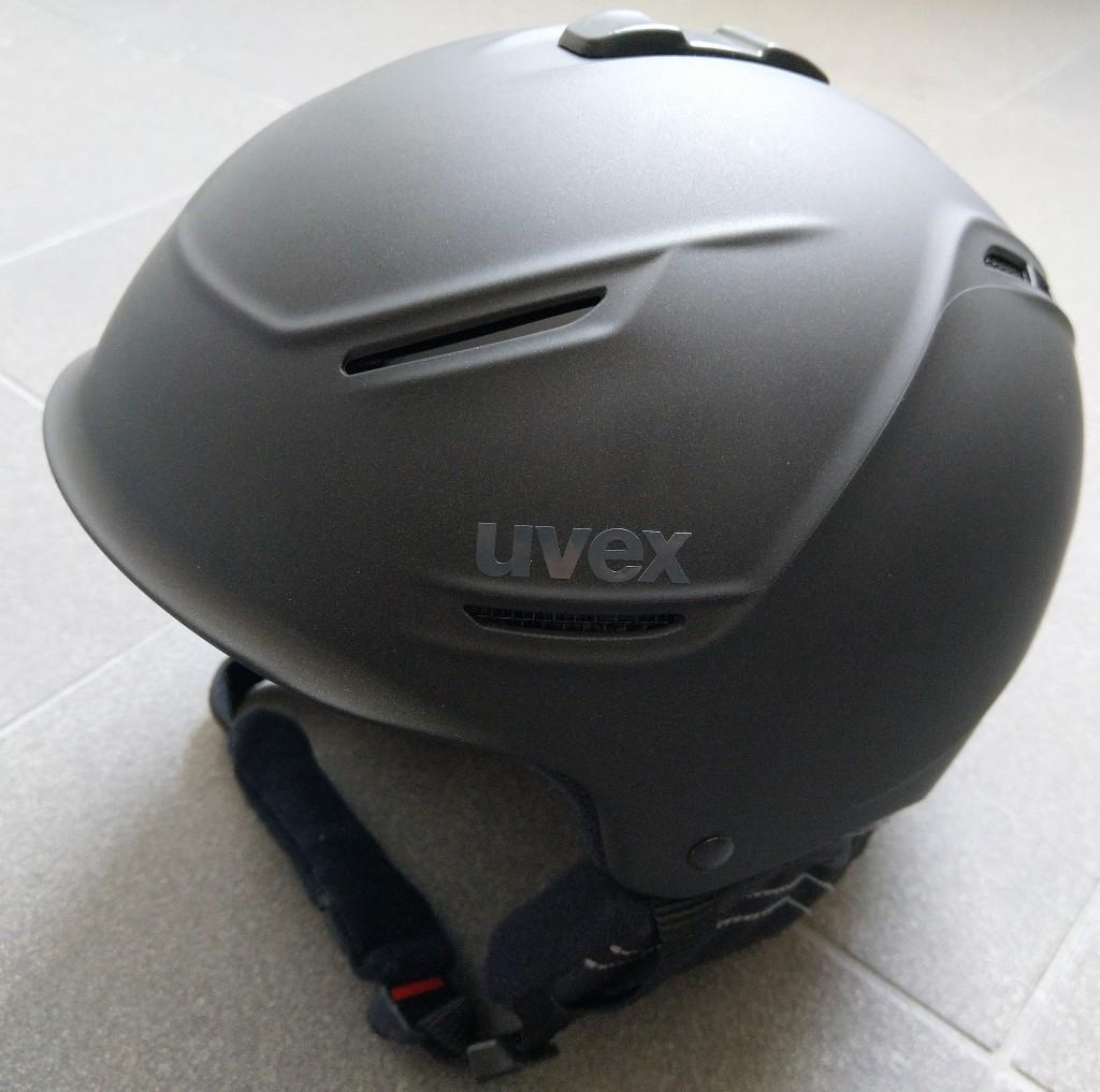 UVEX P1us 2.0 Skihelm für Damen und Herren in schwarz