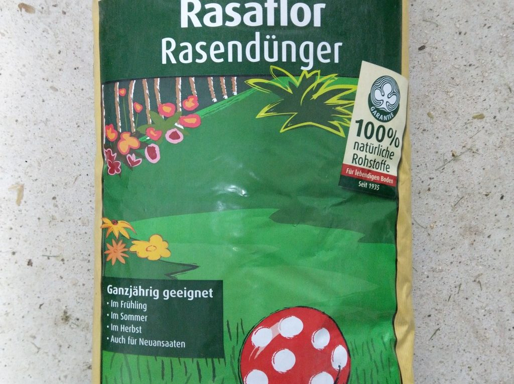Oscorna Rasaflor Rasendünger - Organischer NPK-Dünger
